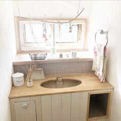 タンクレス/ナチュラルインテリア/インテリア/トイレ/DIY/雑貨/... 我が家のトイレです。 普通の建売住宅をD…