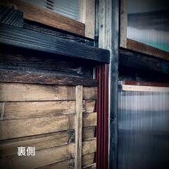 すのこ/スノコ/スライド開閉/二重窓/換気/ポリカーボネート/... 窓枠DIY😃 ポリカーボネートの窓(左側…(5枚目)