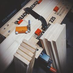 収納アイデア/真っ直ぐ切れる/ノコギリ/ブラックアンドデッカー/ホームセンター/コーナン/... 1×6材と1×4材で棚作り⚒  ブラック…
