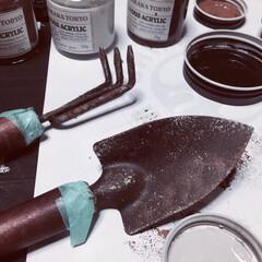 いいねありがとう/オブジェ/インテリアオブジェ/タカラ塗料/塗装/サビ塗装/... ミニシャベルとミニ熊手を サビサビ塗装!…
