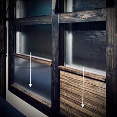 すのこ/スノコ/スライド開閉/二重窓/換気/ポリカーボネート/... 窓枠DIY😃 ポリカーボネートの窓(左側…(3枚目)