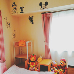 ミッキーミニー/ミニー/ミッキー/ディズニー/模様替え/カフェ風インテリアを目指して/... 久し振りのpostです♡  寝室をがらり…