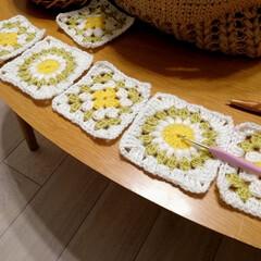 スパイス SPICE CORON ローテーブル ナチュラル FST100NAT(弁当箱)を使ったクチコミ「毛糸を使っていこうと大きめモチーフ編んで…」