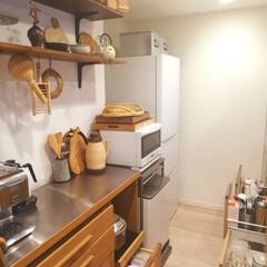 藍花 Aika 南部鉄器 日の丸 鉄急須 600cc 白 茶漉し付き(急須)を使ったクチコミ「キッチン全体写真です📷 タッパーはそれぞ…」