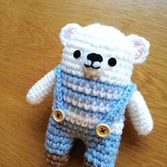 子どもと暮らす/くまさん/アクリル毛糸/編みぐるみ/セリア/100均/... こんばんは🌛 まだ編み物熱が上がってきて…