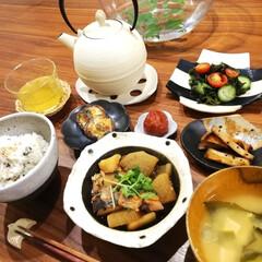 LIMIAごはんクラブ/晩御飯/さつま芋/酢の物/味噌汁/おうちごはん/... 今晩は。 今日の晩御飯は、お肉も魚もない…