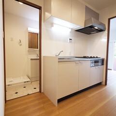 キッチン/水回り 家事をしやすく水回りを集中させたシンプル…