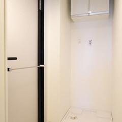バスルーム/黒枠の扉/バスルーム扉 おしゃれな黒枠のバスルーム扉。