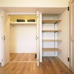 洋室/タモ材/収納棚/デッドスペース 洋室にはクローゼットのほかにデッドスペー…