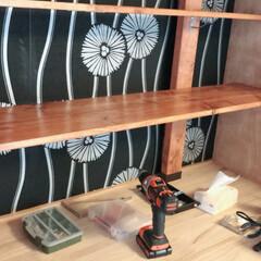ヴィンテージワックス/ラブリコ棚/押入れ収納 ラブリコで押し入れの中に棚を作りました。…