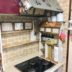 1×4材/調味料棚/DIY/100均/セリア/キッチン キッチンの調味料棚をDIYしました♫•*…