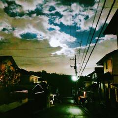 街明かり/電線/住宅街/夜景/雲/月/... 雲の切れ間から月明かりがきれいだった^_^