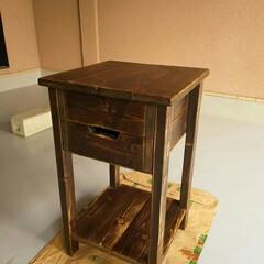 アンティーク家具/サイドテーブル/DIY/収納 サイドテーブル アンティーク風 中に荷物…