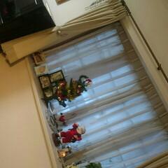 姉弟/お誕生日/少しクリスマス/出窓 こんばんは☺🎵    出窓がすこーしクリ…