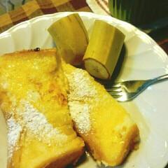 6年生を送る会/フレンチトースト/赤いキッチン/良い天気/日曜日の朝/わたしのごはん おはようございます🎵 今日、こちらはとー…
