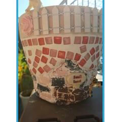 ガーデニング用品/ダイソー/タイル貼り/モルタルデコ/素焼き鉢 わーい٩(๑>ᴗ<๑)۶ 3日かけて………
