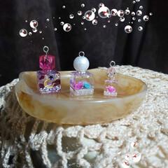 台風来るかな/引きこもり/レジン香水瓶風/ハンドメイド 香水瓶風……復活(*´∇`)ノカワィィ♡…