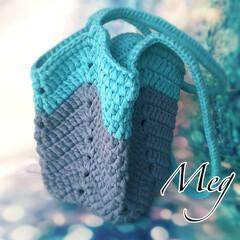 編み物バッグ/編み物大好き/編み物/グラニーバッグ/カギ針編み/ズパゲッティ/... この間作ったグラニーバッグ😊 グラニーバ…(1枚目)