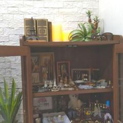 香水/ハイブランド/ディスプレイ収納/魅せる収納/アクセサリー収納/フォトフレームDIY/... リビングの一角に私専用のアクセサリー収納…