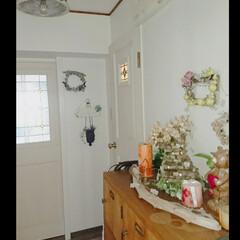 照明器具リメイク/ディスプレイ/トイレのドア/玄関ディスプレイ/玄関/ハンドメイド 玄関を夏のものから 模様替え♪