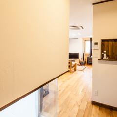 廊下/塗り壁/愛知/名古屋 リビングに続く壁は塗り壁にしました。