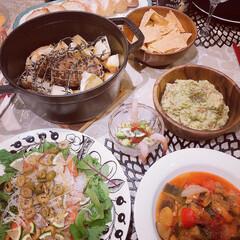 ピコ・ココット ラウンド | ストウブ(グリル鍋)を使ったクチコミ「ストウブでの煮込み料理が我が家の新定番と…」(1枚目)