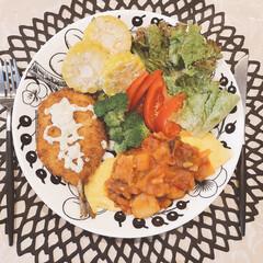 Arabia アラビア ブラック パラティッシ プレート 21cm | イッタラ(皿)を使ったクチコミ「リモートワークなため、お昼はワンプレート…」