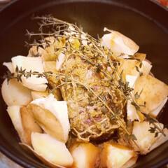 ピコ・ココット ラウンド | ストウブ(グリル鍋)を使ったクチコミ「ストウブでの煮込み料理が我が家の新定番と…」(2枚目)