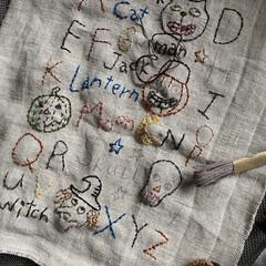 ハギレ/ハロウィン/刺繍/暮らし/DIY/ハンドメイド 時間があればチクチク ハロウィン飾りを…