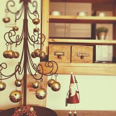 フォロー大歓迎/クリスマス/雑貨/クリスマスツリー/12月/サンタさん 12月♬最初の週末にクリスマスツリーを出…
