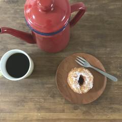 お菓子作り/おうちおやつ/おうちカフェ/ドーナツ/暮らし 朝ドーナツとコーヒー。 前日作ったドーナ…(1枚目)