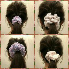 手芸/ハンドメイド/ファッション/ニット/手作り/手編み/... シュシュ🌼🌼 ボリュームがあるので、 シ…