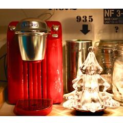 カフェ風/キューリグ/コーヒーメーカー/キッチンボードの上/ウォールステッカー/テーブルランプ/... 1枚前の写真のアップ 実はコーヒーが苦手…