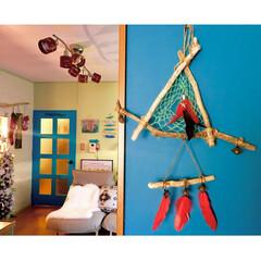 クリスマス/黄緑の壁/ドリームキャッチャー自作/子供部屋/ドアリメイク/ターコイズの輝き/... いつも窓辺で登場する 流木ドリームキャッ…(1枚目)