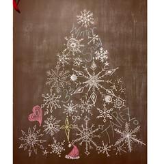 雪の結晶/手描き/カフェ風/海外インテリア/チョーク/モカクリーム/... AM1:00に描きました   ←昼に活動…