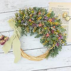 フラワーギフト/花を飾る/ドライフラワーのある暮らし/ドライフラワー/リース/フラワーリース/... ドライフラワーの小花リース♪