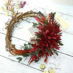 ハンドメイド雑貨/インテリア雑貨/Flower/赤い花/花が好き/花のある暮らし/... プリザーブドフラワーリース♡ 赤が好きで…