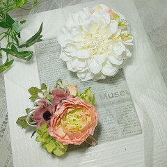 Flower/ハンドメイド雑貨/造花コサージュ/造花/アーティフィシャルコサージュ/アーティフィシャルフラワー/... アーティフィシャルフラワーのコサージュ♪…