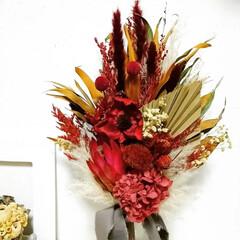 花のある暮らし/赤色/ハンドメイド作家/赤が好き/赤ブーケ/赤い花/... ドライフラワースワッグ(2枚目)