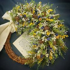 花を飾る/Handmade/Flower/ハンドメイド雑貨/インテリア雑貨/小花/... ドライフラワーリース♪