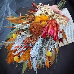 オレンジカラー/オレンジ系/ドライフラワーブーケ/花のある生活/ドライフラワースワッグ/ドライフラワーインテリア/... ドライフラワースワッグ✿(1枚目)