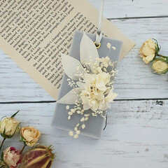 ハンドメイド雑貨/花が好き/花がある暮らし/プリザーブドフラワー/インテリア雑貨/アロマ/... グレー×ホワイトのアロマワックスサシェ♡