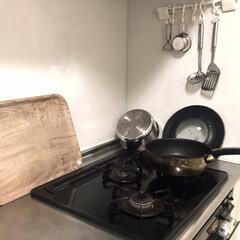 フライパン t-fal ティファール インジニオ マホガニープレミア フライパン 28cm T-fal ティファール(IH使用不可) | ティファール(圧力鍋)を使ったクチコミ「こんばんわ😊夜中に時間があったので、キッ…」