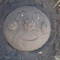 砂場遊び いつの間にか息子が作った❗