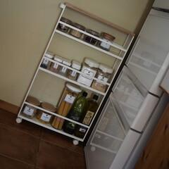 ホワイト/tower/キッチンカウンター/冷蔵庫/キッチン/3COINS/... 冷蔵庫がやってきた(*´˘`*)(2枚目)