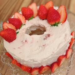シフォンケーキ/いちご/おうちスイーツ/Mitsuki's nasse/LIMIAな暮らし/ひな祭り/... ひな祭りに、苺のシフォンケーキ作りました…