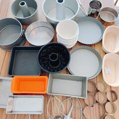 快適な暮らし/調理道具収納/調理道具/製菓道具/キッチン/キッチンと暮らす。/... 製菓道具は大きなカゴにまとめて入れて収納…