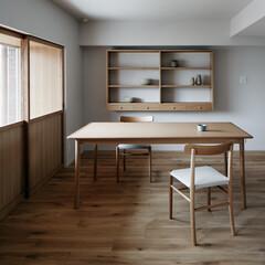 オークフローリング/木製ドア/ダイニング 木製建具が印象的なダイニングです。(1枚目)