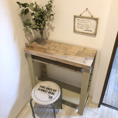 狭い/玄関/下駄箱/セルフリノベーション/クッションフロア/DIY/... おはようございます☀  昨日は物置部屋か…