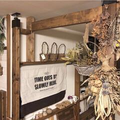 カフェ風インテリア/キッチン/ディアウォール棚/ラブリコ棚/ドライフラワーのある暮らし/ドライフラワー/... ラブリコ棚とディアウォール棚を繋ぐため、…
